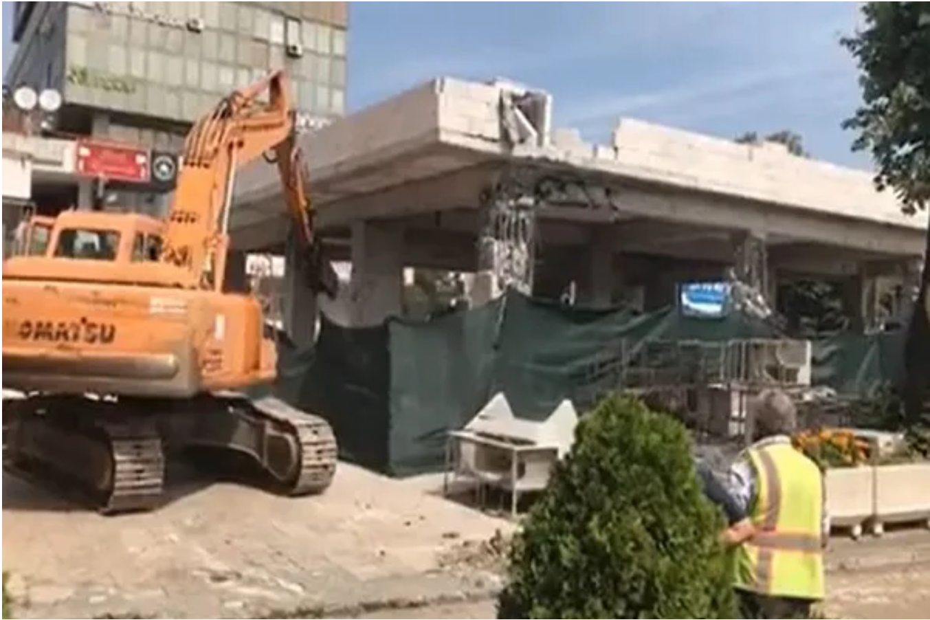 Illegal construction at Mavrovka Mall being demolished, owner also appears, Public Prosecutor Office files indictment, Ahmeti testifies to Kosovo War Prosecutors…
